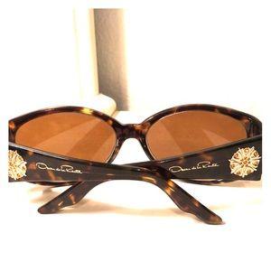 Oscar de Le Renta Glass frames